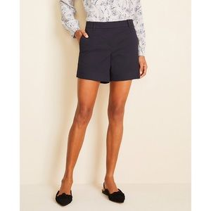 Ann Taylor The City Short in Black Cotton Sateen